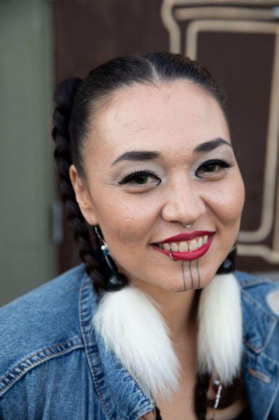 Inuk Inuit Nunavut Canada Riddu Riddu Saami Festival Katajjaq